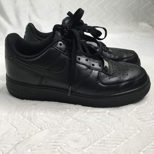 NIKE Air Force 1 Black Men's Sneaker Size 9